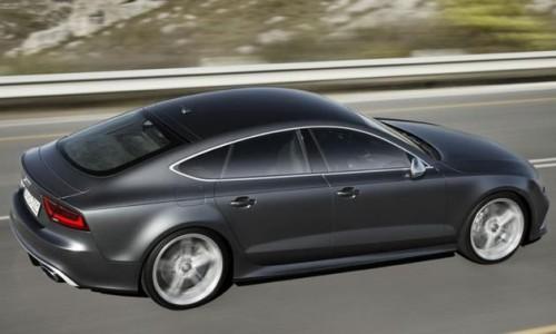 Aston Martin Vanquish Youth wealthy