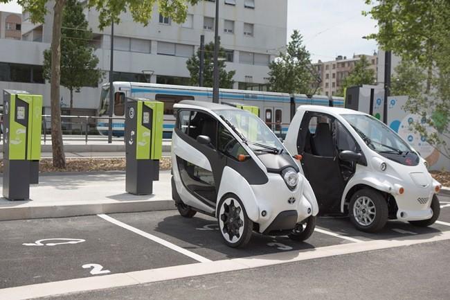Smart City, the futuristic city concept