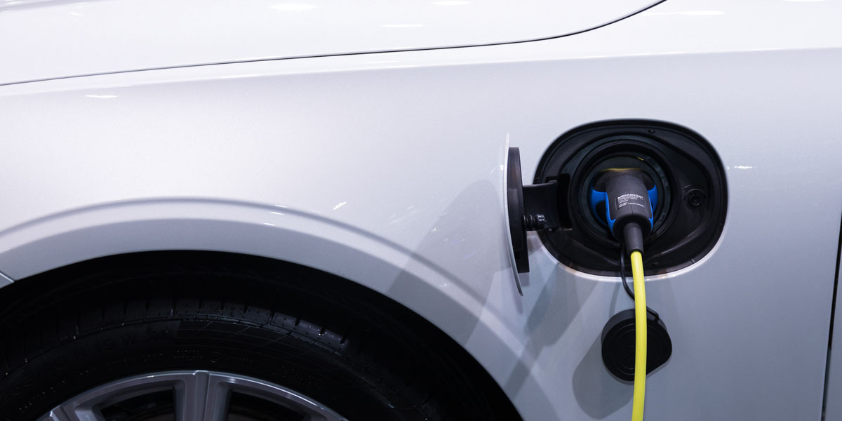 2020 Honda CR-V vs Toyota RAV4 Hybrid